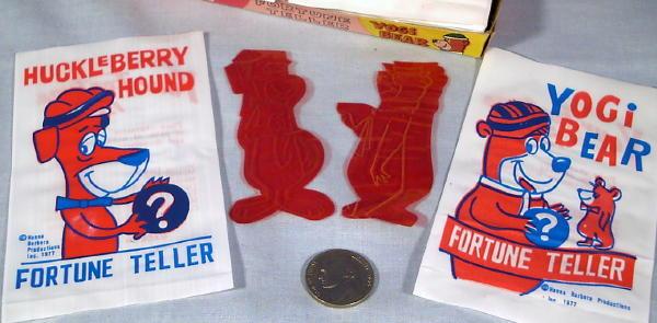 4 New Old Store Stock 1977 Dime Store Huckleberry /& Yogi Fortune Teller Packs